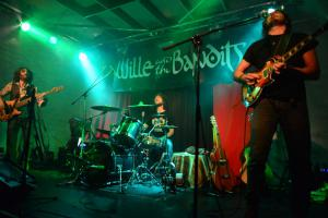 Wille and The Bandits