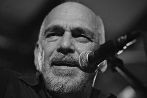 The Black Sorrows - Joe Camilleri